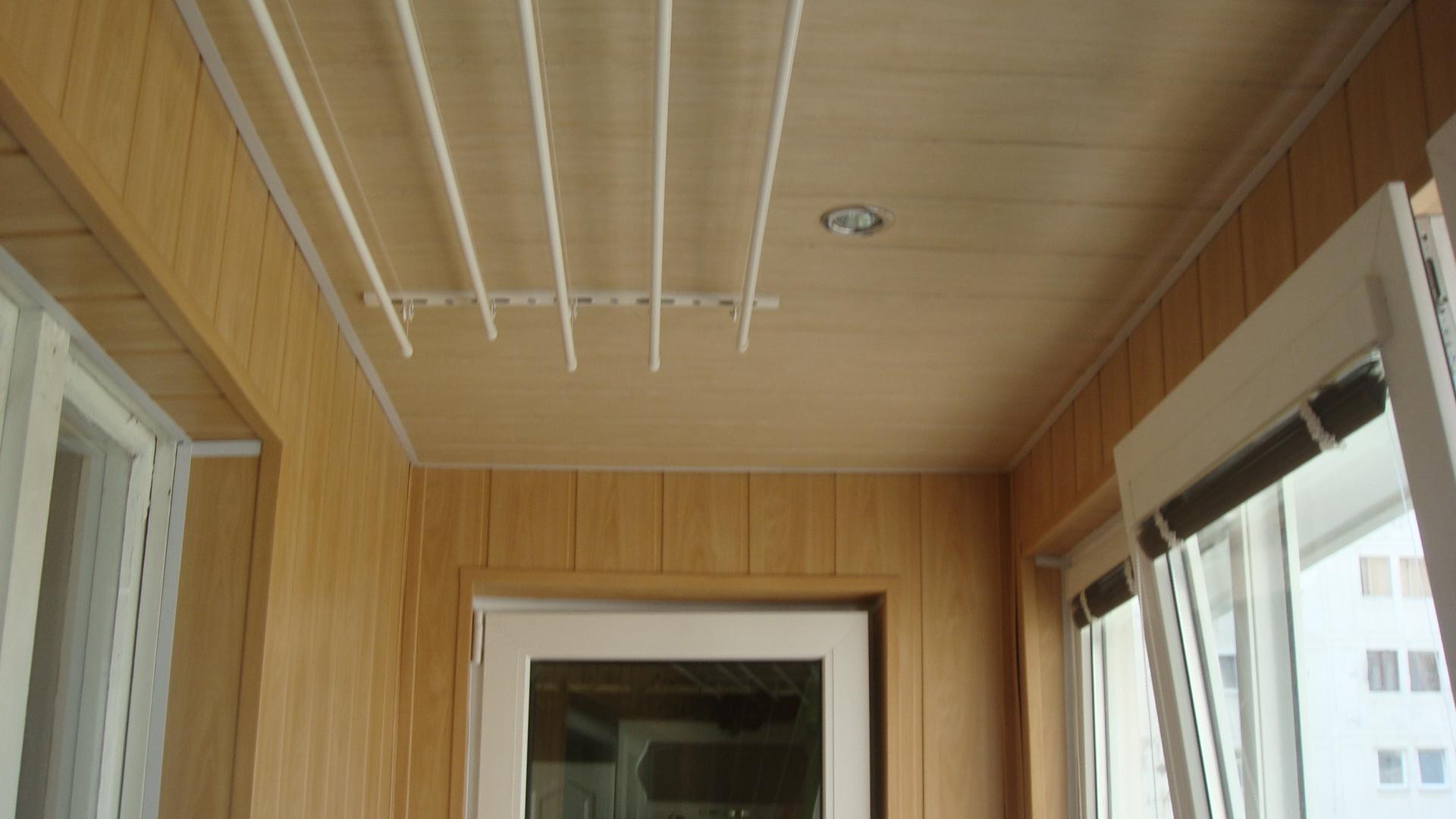 Обшивка балкона пластиковыми 97