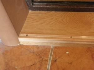 деревянный порог