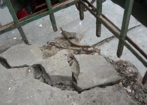 расчистка балконной плиты