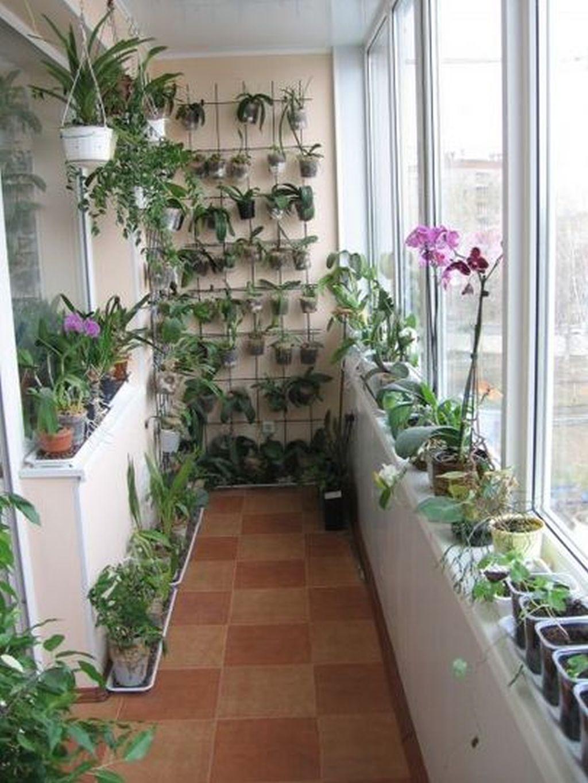 Как украсить балкон цветами, 16 фото с цветочными композиция.